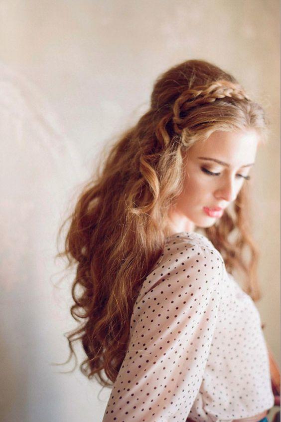 Porter un headband pour cheveux femme